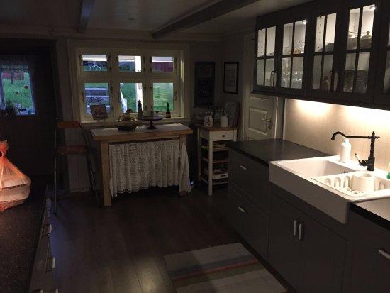 Lysebotn, Norge: Kitchen inside house