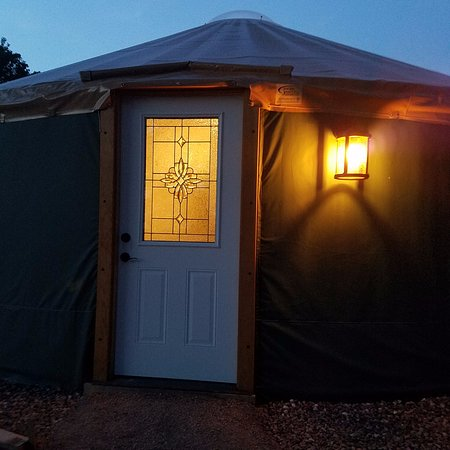 Yale Manor B&B And Yurts: Keuka Yurt