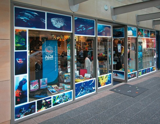 Парраматта, Австралия: Scuba Warehouse, Home of Geo Divers Sydney is at 3 Horwood Place Parramatta NSW 2150