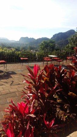 Posada Del Tepozteco: Terraza, afuera del salón de eventos