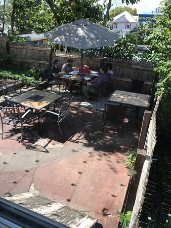 Waynesboro, Virginie : Outside patio