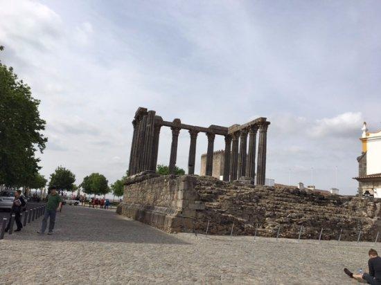 Templo Romano de Évora (Templo de Diana): Templo de Diana - Évora - Portugal