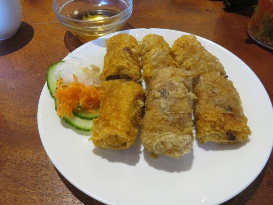 ‪‪Richmond Hill‬, كندا: Authentic looking and tasting spring rolls, Crunchy, crispy and grease-less‬