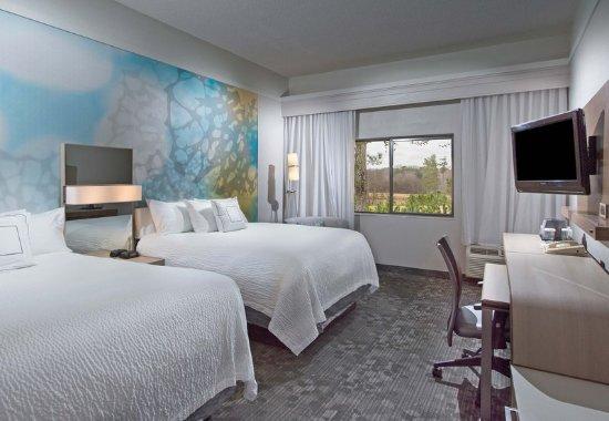 Dothan, AL: Queen/Queen Guest Room