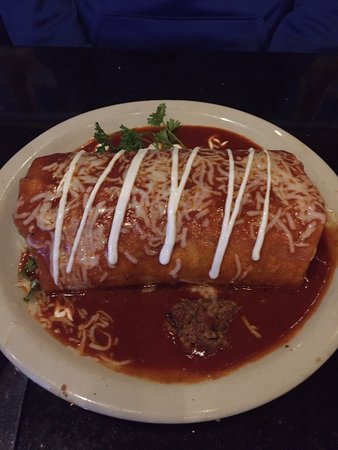 Hacienda Grill Mexican & Sports Bar : beef burrito