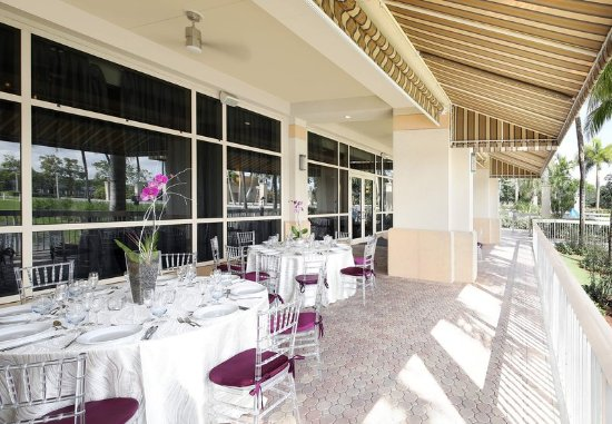 Renaissance Fort Lauderdale-Plantation Hotel: Terrace - Seating Area