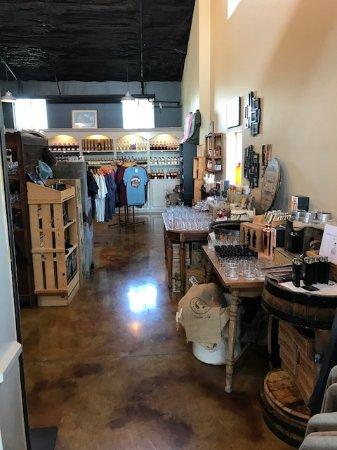 Lebanon, KY: Shop