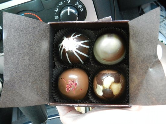 Fort Wayne, IN: (4) Pack of Truffles