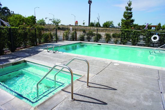Ripon, Kalifornia: PoolView
