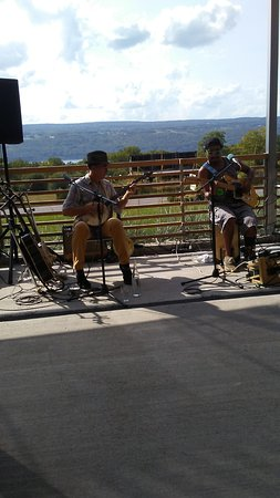Hector, NY: Live music on the deck overlooking Seneca Lake