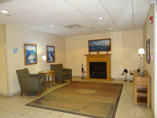 Delmar, MD: Guest Lounge
