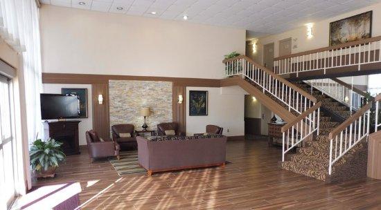 Meridian, MS : Lobby Sitting Area