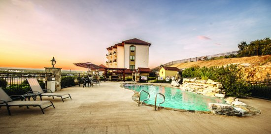 Marble Falls, TX: PoolView