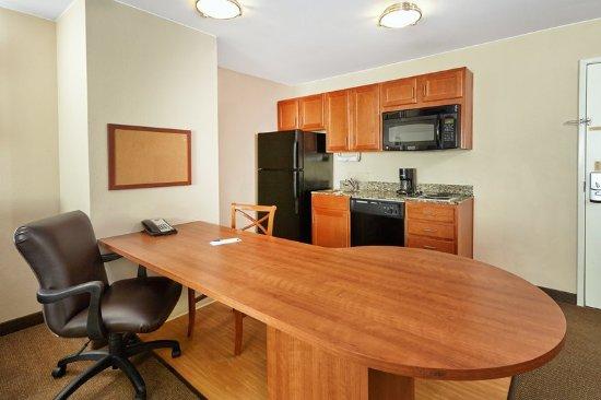 Aurora, IL: One Bedroom Suite Kitchen