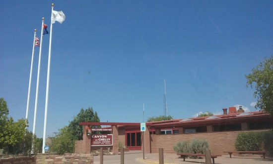 Canyon de Chelly National Monument: visitors center