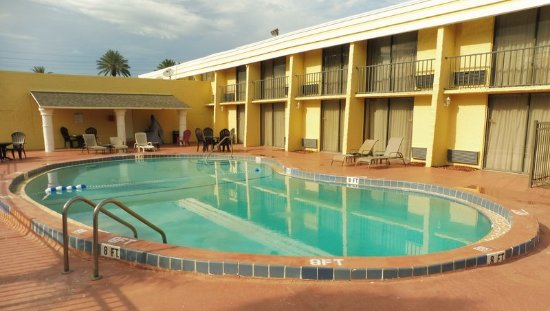 Neptune Beach, FL: Pool