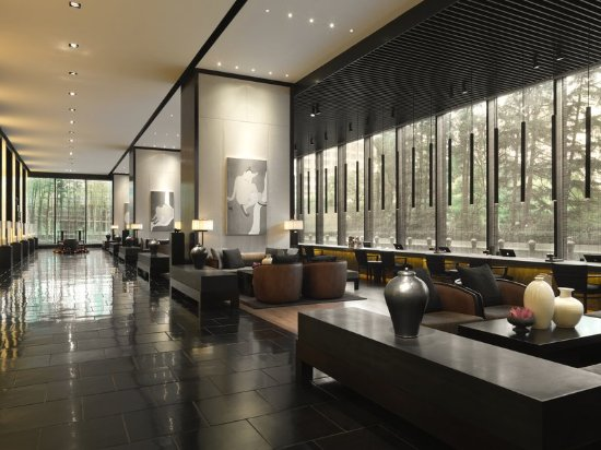 The PuLi Hotel and Spa: Lobby