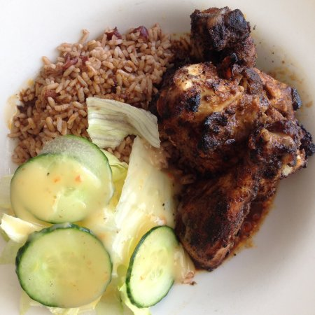 Pickering, Canada: Awesome jerk chicken!