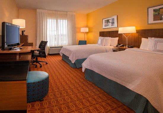 Chambersburg, PA: Double/Double Guest Room