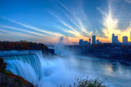 Small-Group Niagara Falls Tour