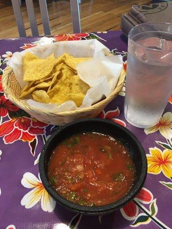 Miguel's Baja Grill: photo0.jpg