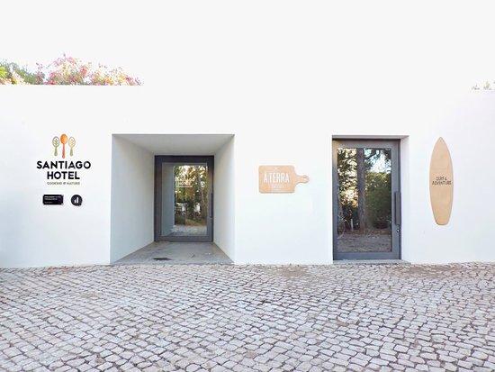 Santiago do Cacem, Portugal: Hotel Entrance