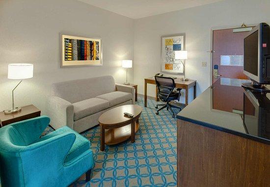 Μίλμπρε, Καλιφόρνια: Guest Room - Living Area