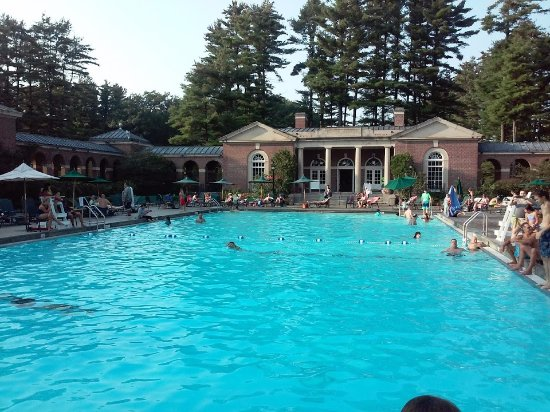 Saratoga Springs, NY: Victoria Pool at Saratoga Spa State Park, Setpember 2017