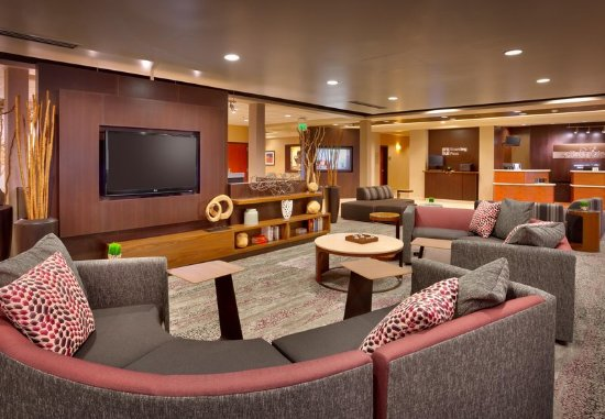 Sandy, UT: Lobby - Seating Area