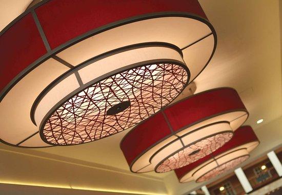 Бруклин-Парк, Миннесота: Lobby Details