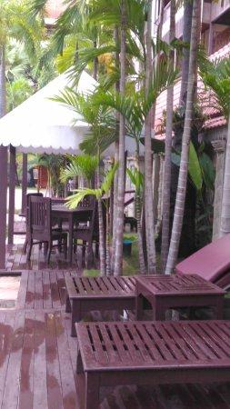 Empress Angkor Resort & Spa: P_20170913_175217_large.jpg