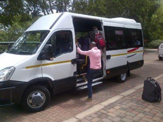 Centurion, Sudáfrica: 22-seater Iveco bus