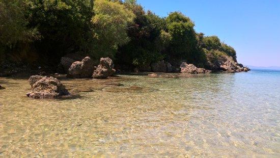 Kalogrias Beach: un angolo della baia