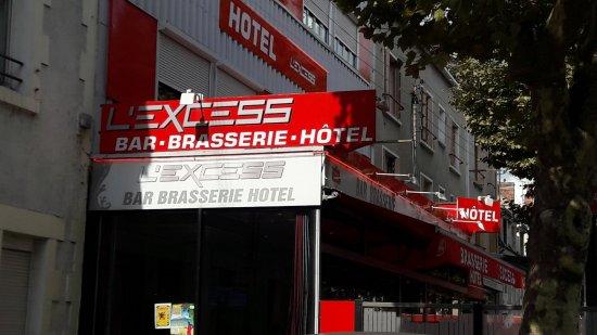 Vierzon, France : Vue extérieur du restaurant