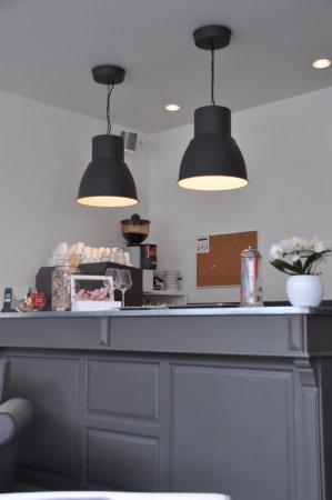 Ittre, Bélgica: le bar