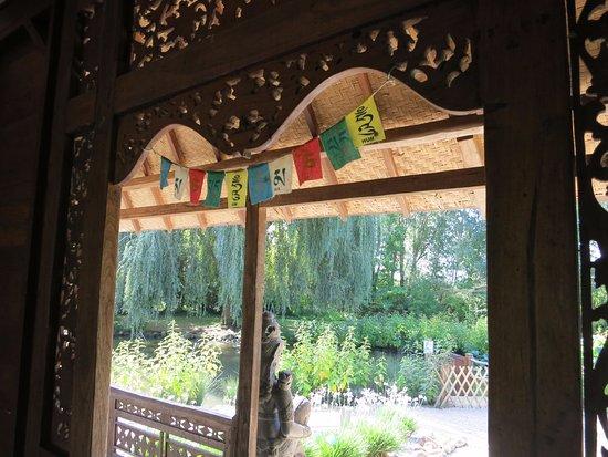 Jardins des Martels : Inside the temple