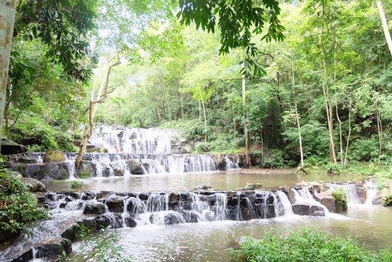 Sara Buri, Thailand: น้ำตกเขาสามหลั่น