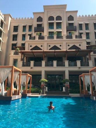 Vida Downtown: Vida swimming pool