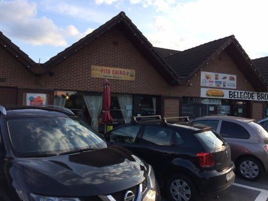 Aartselaar, Belgium: Buitenzicht