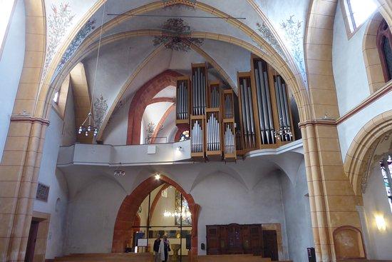 St. Gangolf : Moderne Orgel
