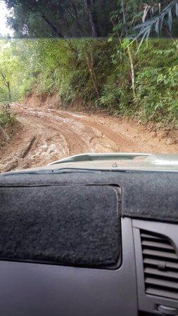 Mae Chaem, Thailand: เส้นทางโหดมาก แต่เห็นคนขับมอไซค์เข้ามาอยู่นะ ชาวบ้านก็ยังขับได้แต่ต้องขับแข็งหน่อย