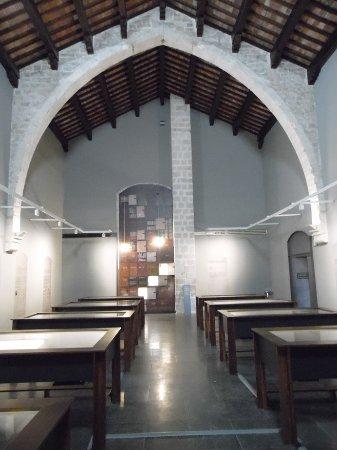 Reial Monestir de Santa Maria de Pedralbes : salle d'exposition
