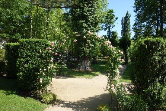 Eugenie Les Bains, France: Rose pergola