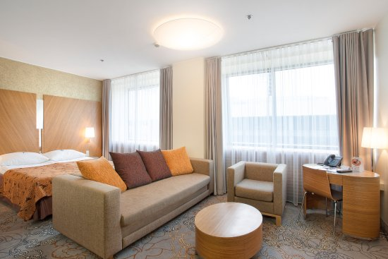 Large And Elegant Double De Luxe Rooms Kuva Tallink City Hotel