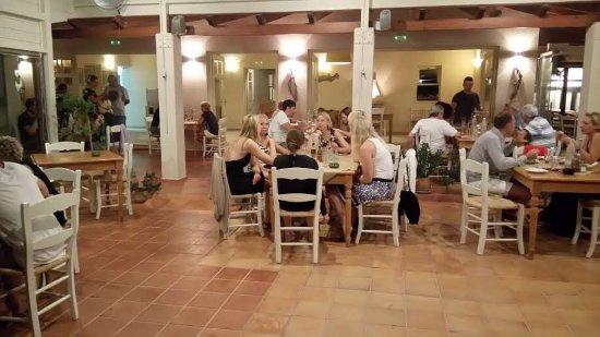 Mirthios, Greece: Taverna Plateia
