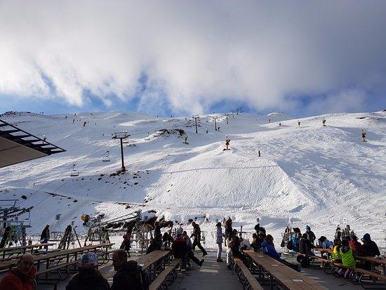 Coronet Peak: Ski Fields