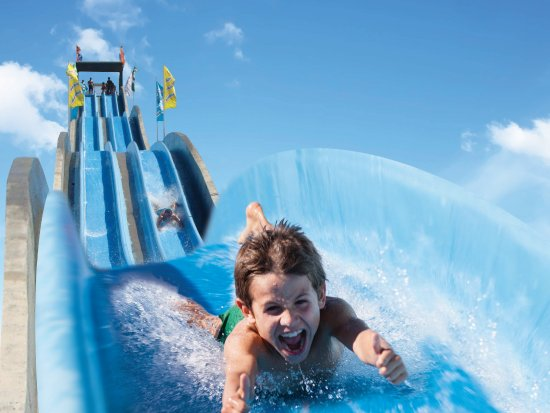 Slide & Splash - Parque aquático