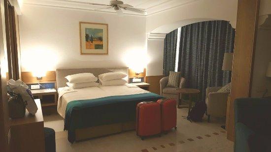 Columbia Beach Resort Pissouri : East Wing Suite