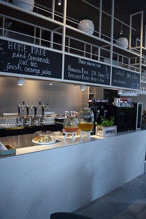 Alphen aan den Rijn, Nederland: FIJN koffie & wijn