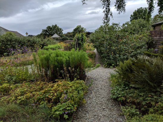 Cockermouth, UK: garden